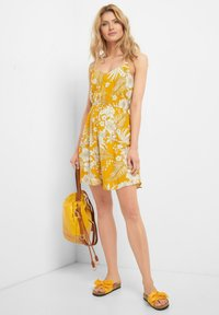 ORSAY - Day dress - herbstgelb - 1