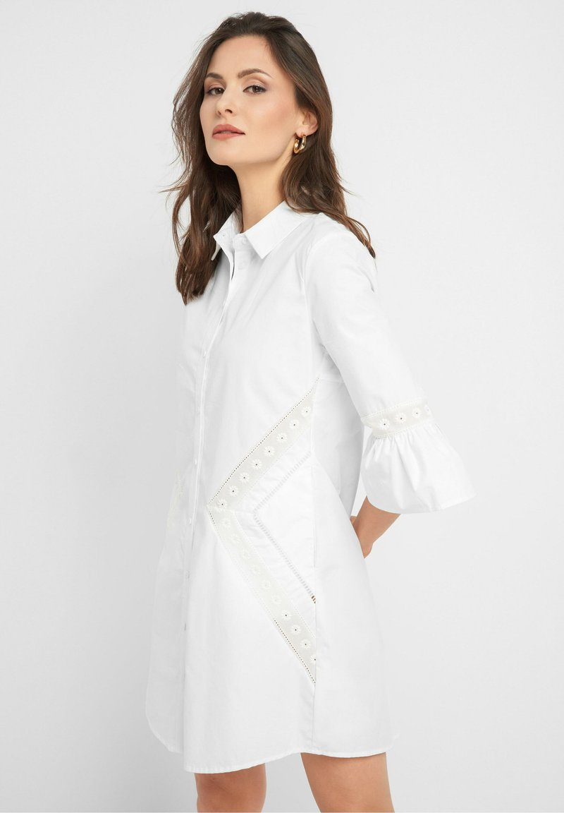 ORSAY - MIT STICKEREI - Shirt dress - weiß