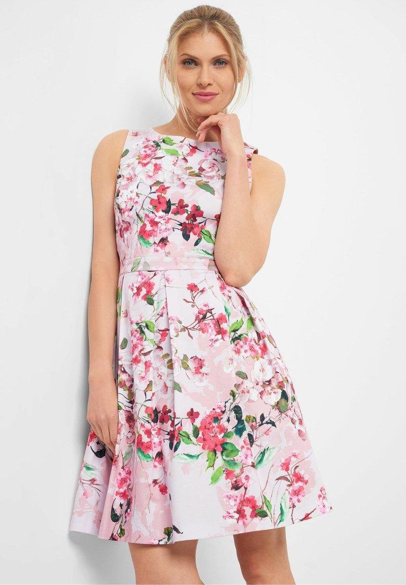 ORSAY - MIT BLUMENMUSTER - Day dress - rosa