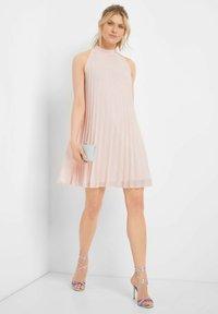ORSAY - Day dress - pfingstrose - 1