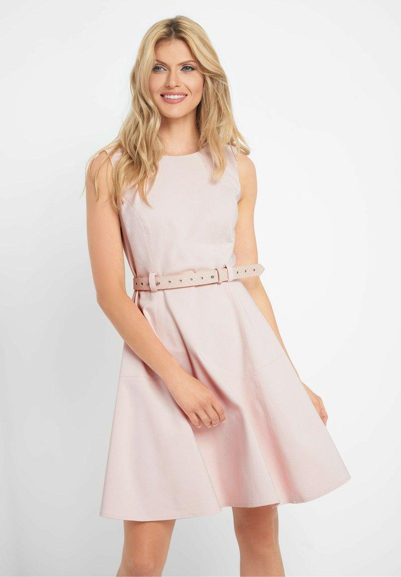 ORSAY - KLEID MIT GÜRTEL - Day dress - pfingstrose