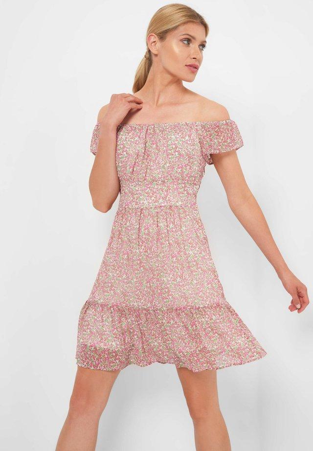 MIT BLUMENMUSTER - Day dress - rosé