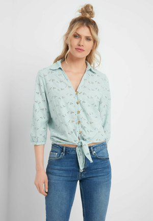 MIT ZIERKNOTEN - Button-down blouse - aqua