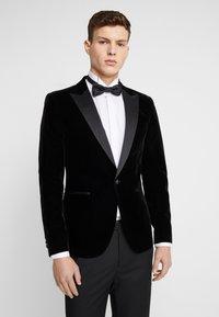 Only & Sons - ONSMANNY TUX - Suit jacket - black - 0