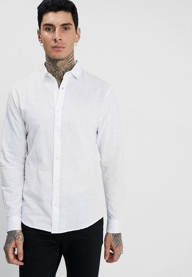 ONSCAIDEN LS SOLID LINEN SHIRT NOOS - Shirt - white