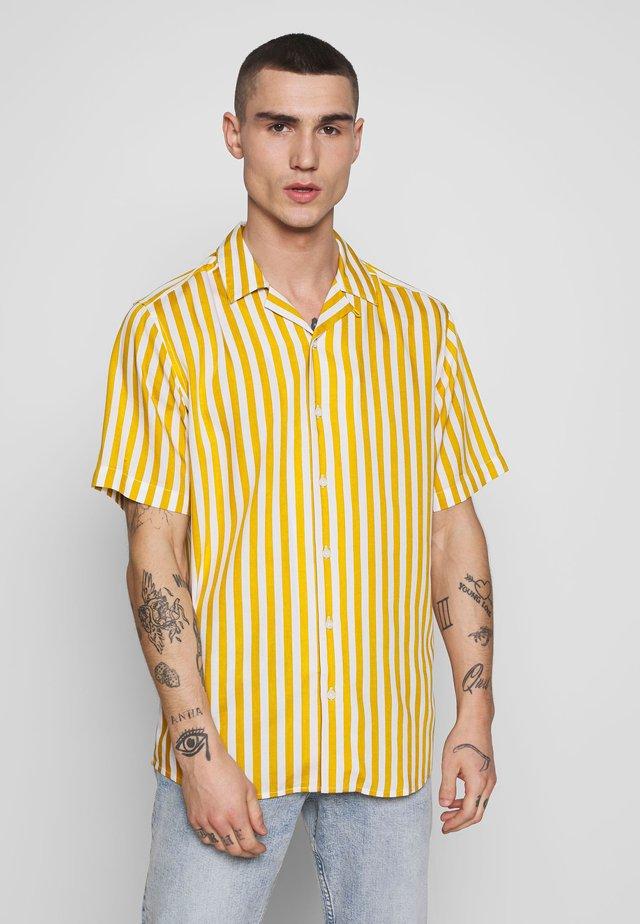 ONSWAYNE STRIPED - Shirt - golden spice