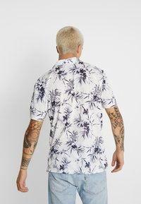 Only & Sons - ONSPANAMA - T-shirt med print - white/black - 2