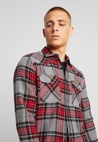 Only & Sons - ONSETHAN POCKET - Koszula - pompeian red - 3