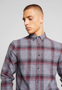 Only & Sons - ONSGORAN BRUSHED REGULAR FIT - Skjorte - zinfandel - 3