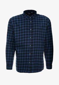 Only & Sons - ONSGUDMUND  SMALL CHECK  - Skjorter - dress blues - 3