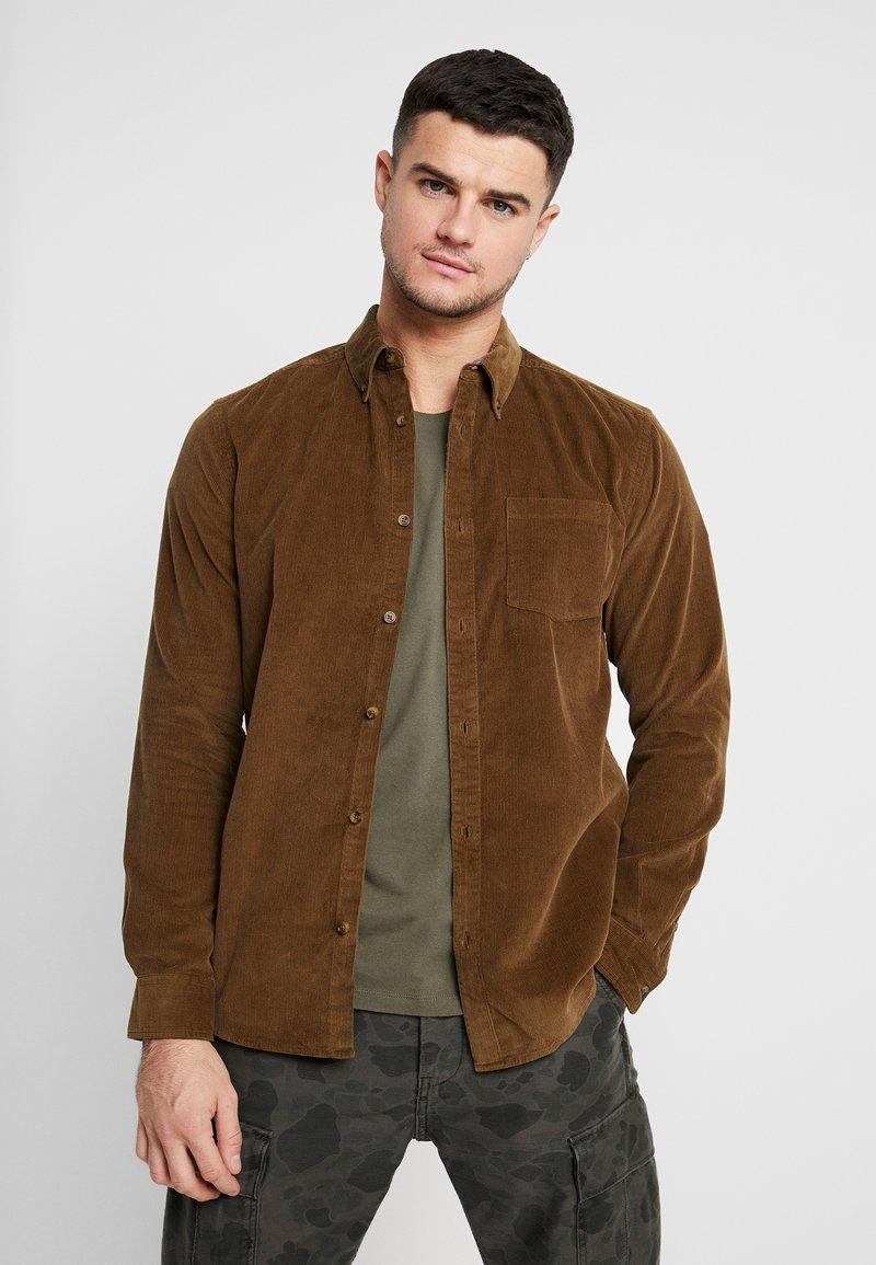 Only & Sons - ONSGEORG SOLID REGULAR FIT - Camisa - kangaroo