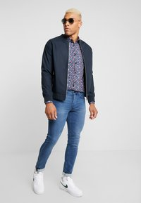 Only & Sons - ONSELHAM LS X-MAS - Camicia - blue nights - 1