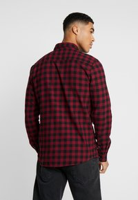 Only & Sons - ONSGUDMUND SMALL CHECK - Camisa - cabernet - 2