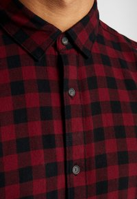 Only & Sons - ONSGUDMUND SMALL CHECK - Camisa - cabernet - 6