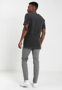 Only & Sons - ONSMARK PANT - Trousers - medium grey melange - 2