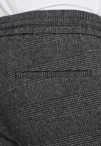 Only & Sons - ONSLINUS PANT - Broek - medium grey melange - 5