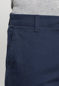 Only & Sons - ONSTARP  - Pantalones chinos - dress blues - 3
