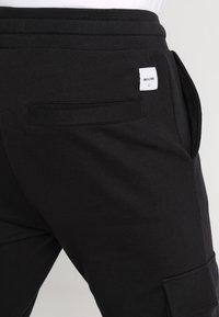 Only & Sons - ONSWF KENDRICK - Pantalon de survêtement - black - 6