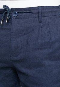 Only & Sons - ONSLEO - Spodnie materiałowe - dress blues - 3