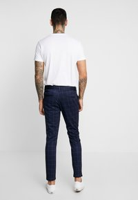 Only & Sons - ONSMARK PANT CHECK - Bukse - dark navy - 2