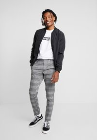 Only & Sons - ONSELIAS CHECK  PANTS - Trousers - black - 1