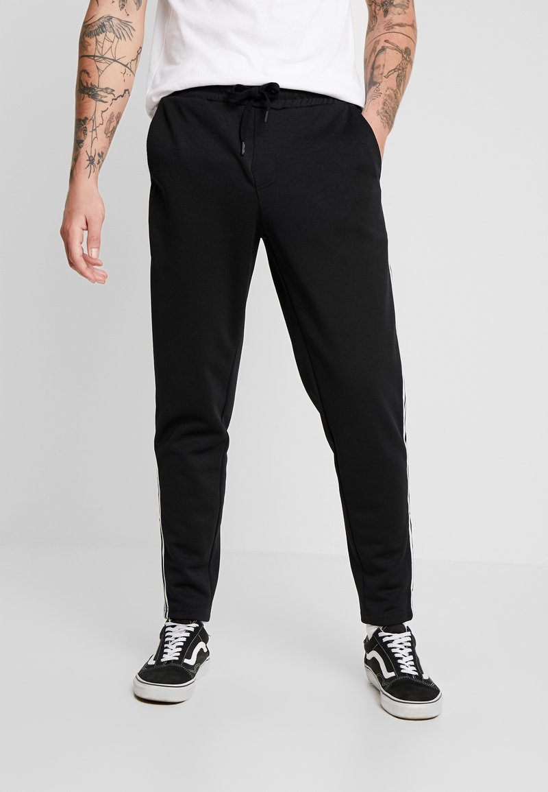 Only & Sons - ONSTOBY  PANTS - Pantaloni sportivi - black