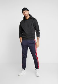 Only & Sons - ONSSHIRO TRACK PANTS - Trainingsbroek - outer space - 1