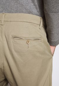 Only & Sons - ONSCAM CROPPED - Pantalones chinos - chinchilla - 3