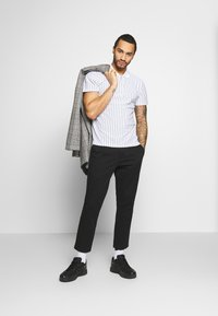 Only & Sons - ONSCAM CROPPED - Chinos - black - 1