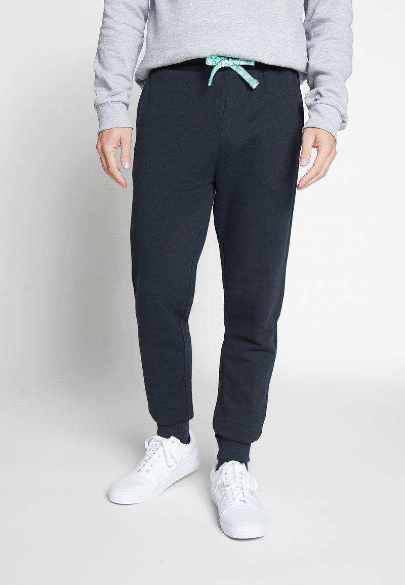 Only & Sons - ONSORGANIC SWEAT PANTS - Verryttelyhousut - black