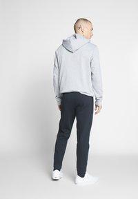 Only & Sons - ONSORGANIC SWEAT PANTS - Verryttelyhousut - black - 2