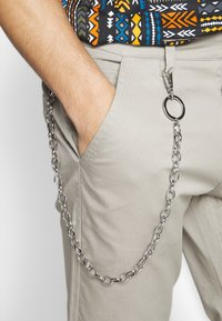 Only & Sons - ONSLUDVIG WORK CHAIN - Chinot - beige - 5