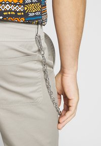 Only & Sons - ONSLUDVIG WORK CHAIN - Chinot - beige - 3