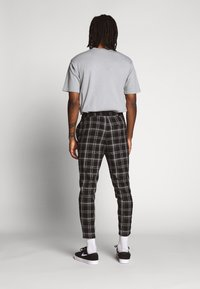 Only & Sons - ONSLINUS CHECK PANT - Broek - black - 2