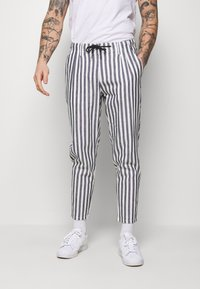 Only & Sons - ONSLEO STRIPE - Kalhoty - cloud dancer - 0