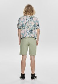 Only & Sons - Shorts - green - 2