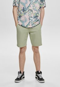 Only & Sons - Shorts - green - 0