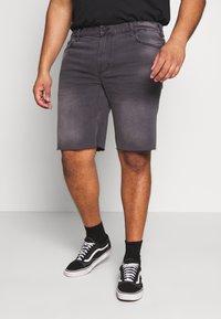 Only & Sons - ONSPLY RAW HEM - Denim shorts - grey denim - 0