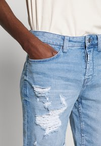 Only & Sons - ONSPLY - Jeansshort - blue denim - 4