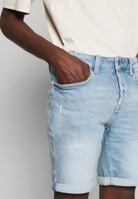 Only & Sons - ONSPLY - Denim shorts - blue denim - 4