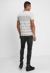 Only & Sons - ONSLOOM BLACK WASHED - Slim fit jeans - black denim - 2