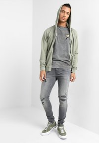 Only & Sons - ONSSPUN - Jeansy Skinny Fit - grey denim - 1