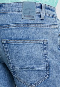 Only & Sons - ONAVI BEAM CROP - Jeans relaxed fit - blue denim - 5