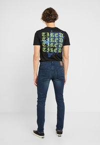 Only & Sons - ONSLOOM DARK - Slim fit jeans - blue denim - 2