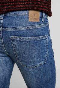 Only & Sons - ONSLOOM DAMAGE - Jean slim - blue denim - 5