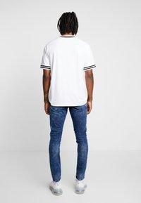 Only & Sons - ONSLOOM WASHED - Slim fit jeans - blue denim - 2