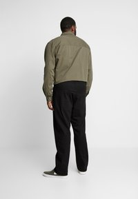 Only & Sons - ONSWEFT  - Straight leg jeans - black denim - 2