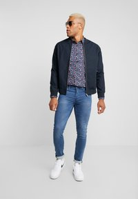 Only & Sons - ONSLOOM WASHED  - Džíny Slim Fit - blue denim - 1
