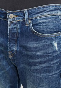 Only & Sons - ONAVI DAMEGDE BLUE - Jeansy Zwężane - blue denim - 3
