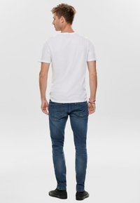 Only & Sons - ONSLOOM - Slim fit jeans - blue denim - 2